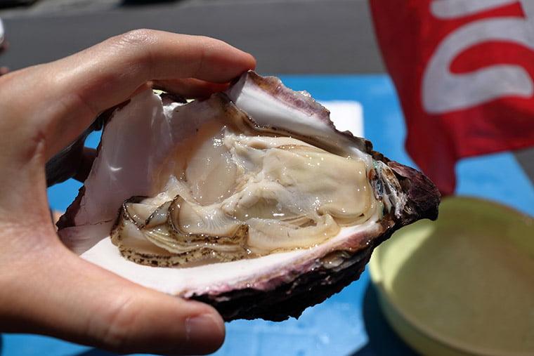 那珂湊おさかな市場の岩牡蠣