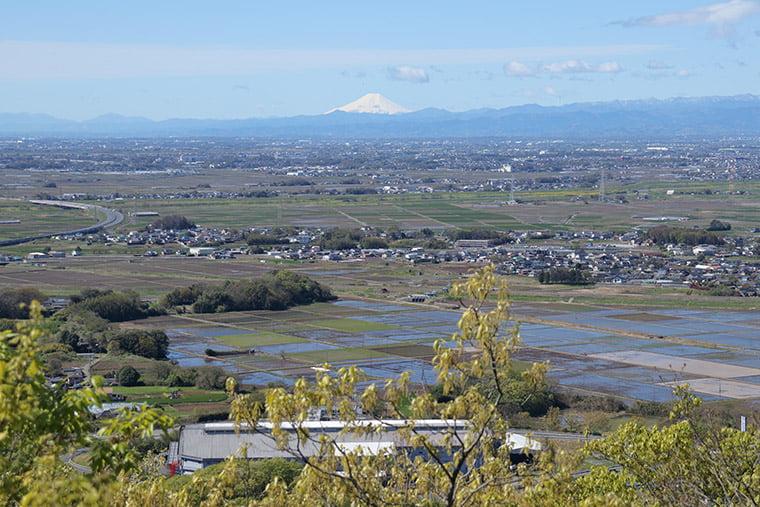 三毳山から望む富士山