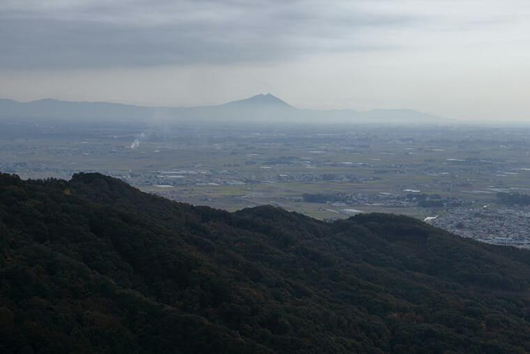 大平山から望む筑波山