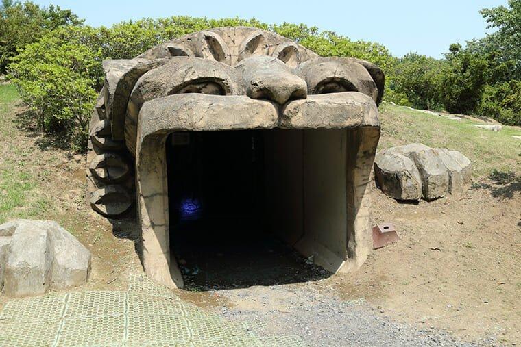 ぐんまフラワーパーク トンネル入り口