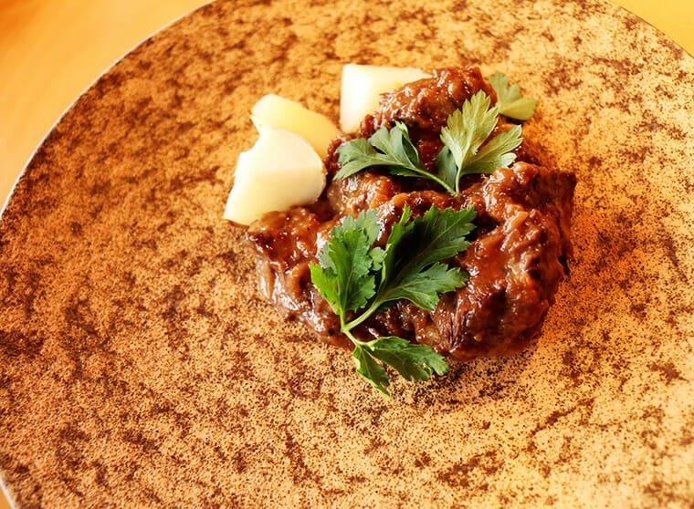 企画展ランチ・国産牛ほほ肉の煮込み