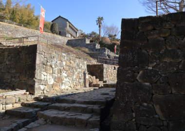 金山城の石垣跡