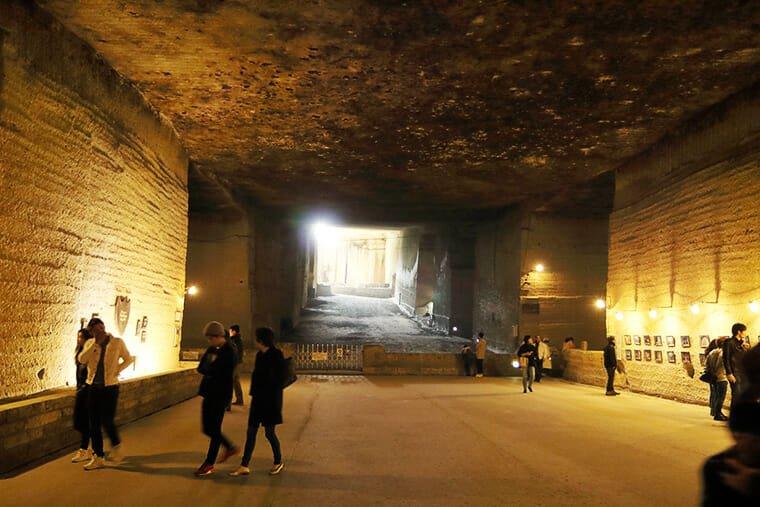 大谷資料館の地下巨大空間