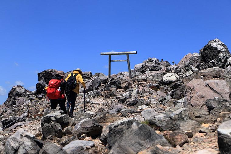 那須岳(茶臼岳)山頂付近