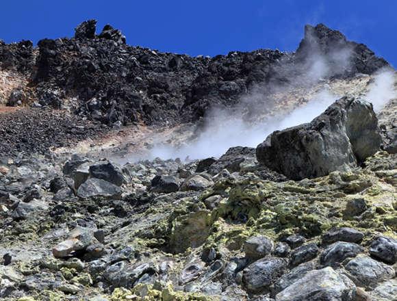 那須岳の噴煙