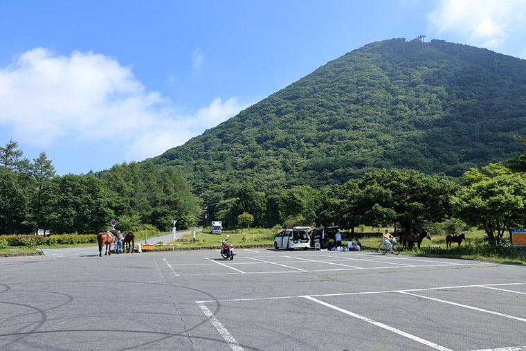 県立榛名公園ビジターセンター駐車場