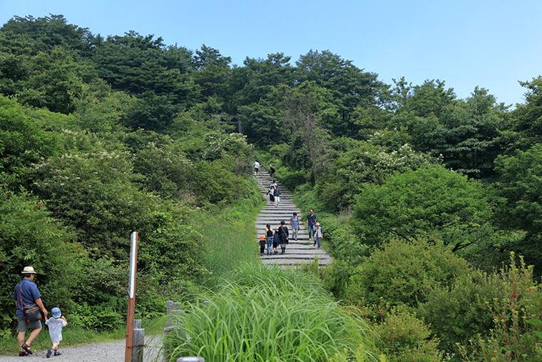 榛名山ロープウェイ山頂駅付近