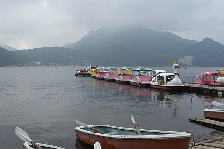 榛名湖のスワンボート
