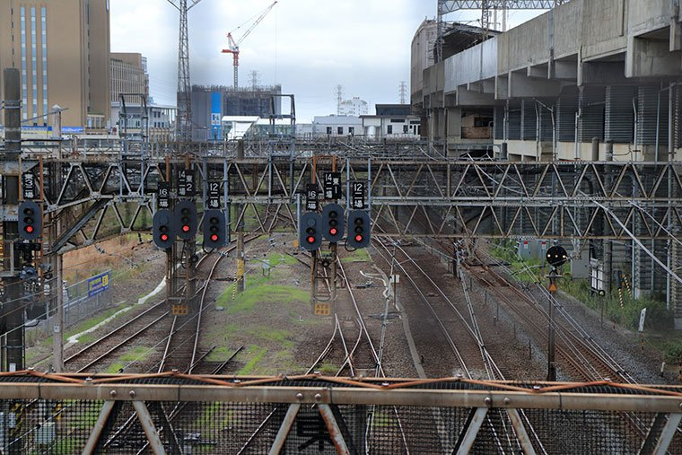 小山駅と線路