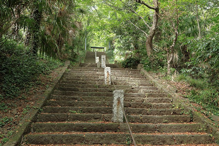 岩船山の階段