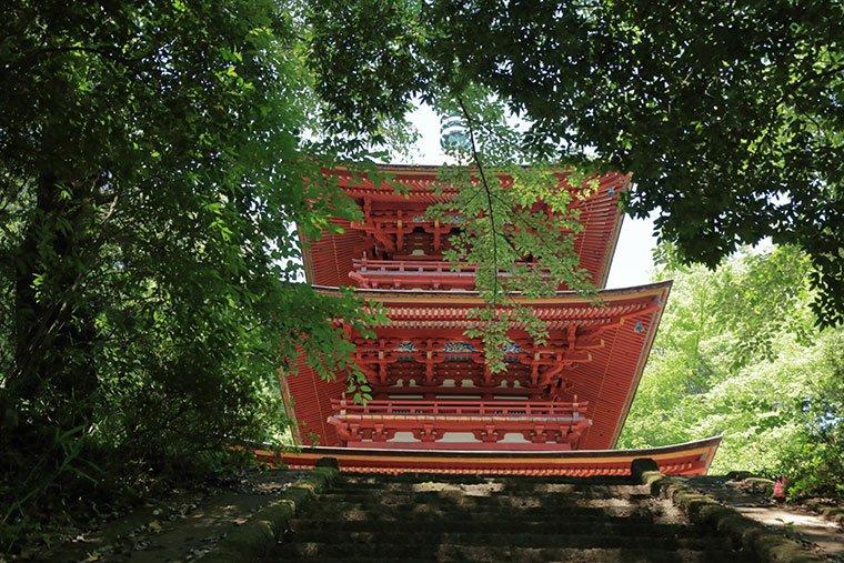 高勝寺の三重塔