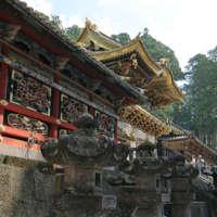 陽明門と廻廊