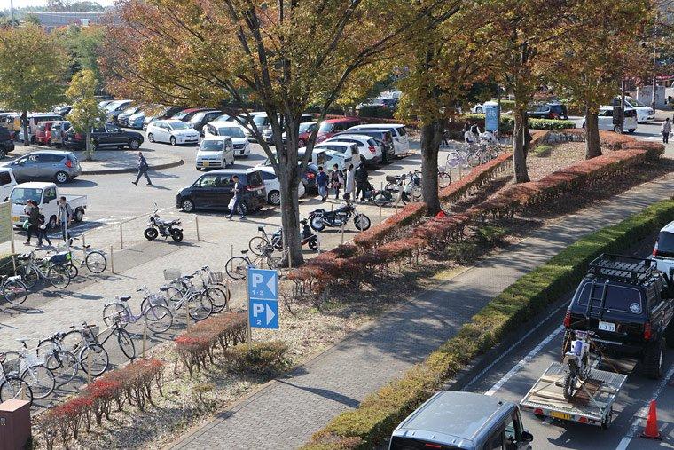 農業・工業・商業フェスティバル小山の駐車場