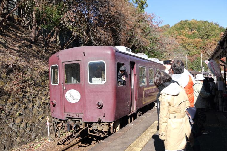 わたらせ渓谷鐵道の観光列車