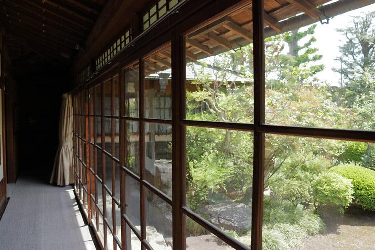 小川家住宅のレトロガラス