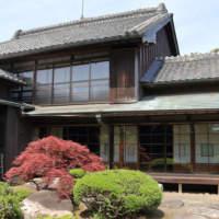 小川家住宅の主屋の全景