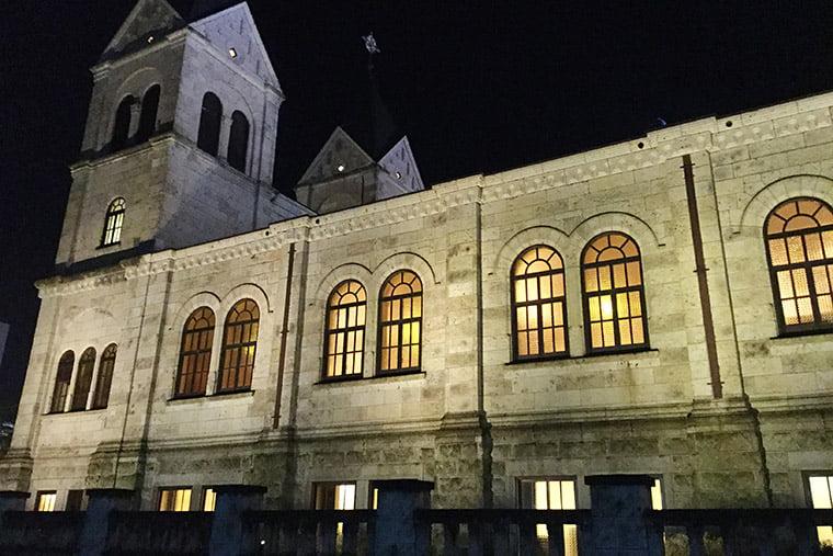 カトリック松が峰教会のライトアップ