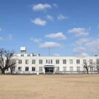旧司令部庁舎の全景