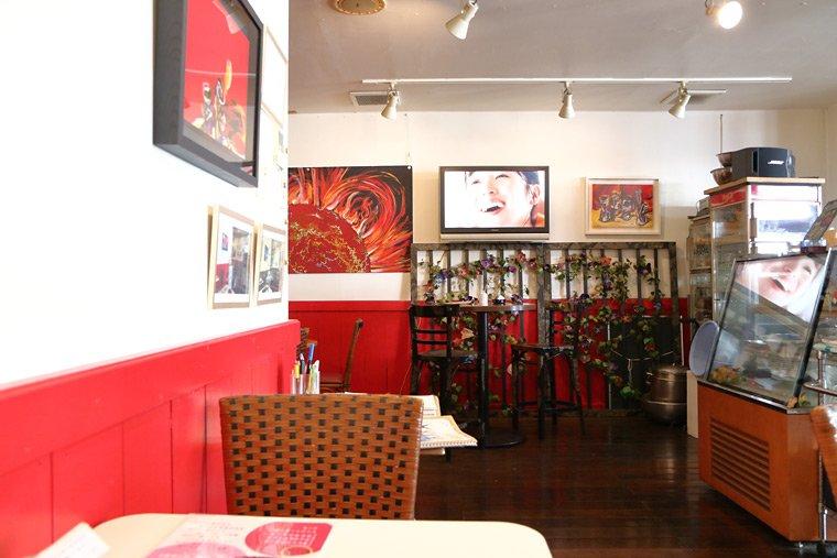カフェ・ド・スタールの店内
