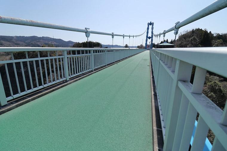 竜神大吊橋の歩道