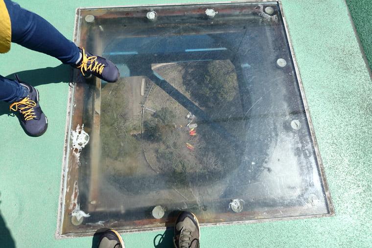 竜神大吊橋の覗き穴