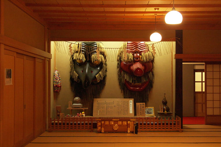 古峯神社の天狗の面