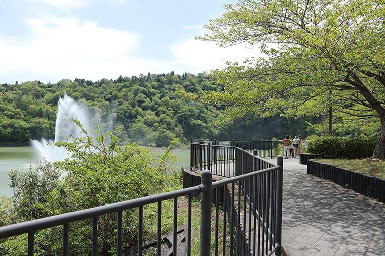 十王ダムの噴水