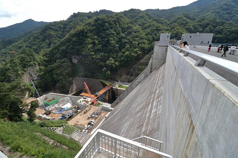 八ッ場ダムのダム堤体