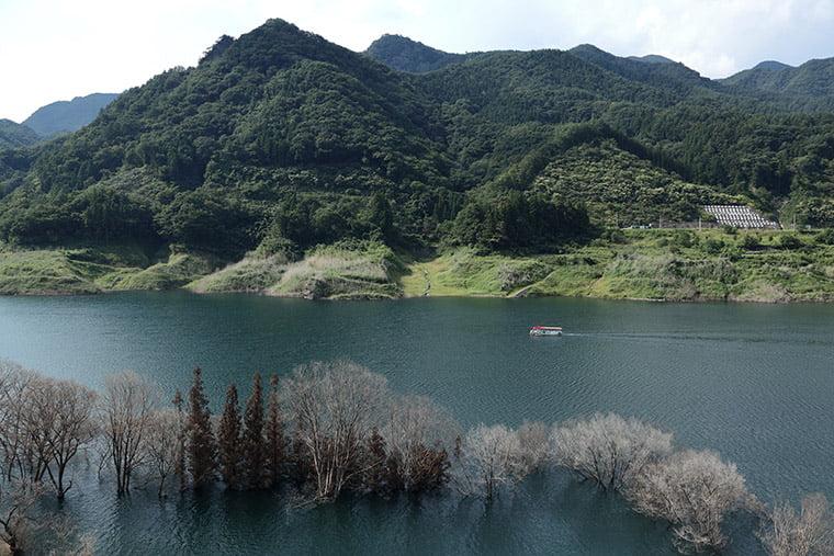 八ッ場吾妻湖の風景