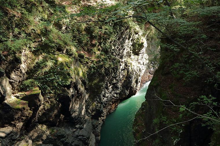 名勝・吾妻峡の絶景