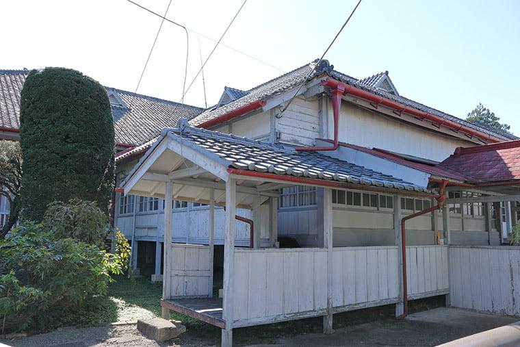 首長館(ブリューナ邸)