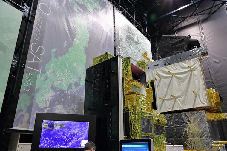 陸域観測技術衛星だいちの試作モデル