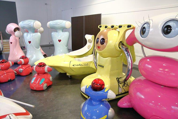 つくば万博のロボット展示