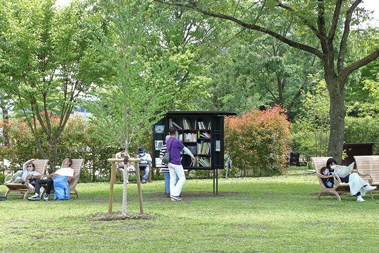 リラックスの森の図書館