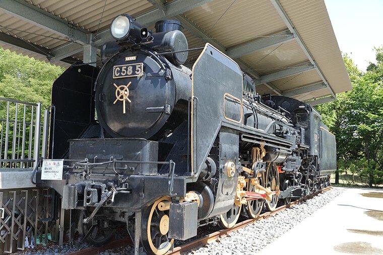 C585号機関車