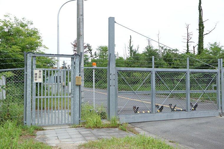 村松海岸に隣接する原子力施設